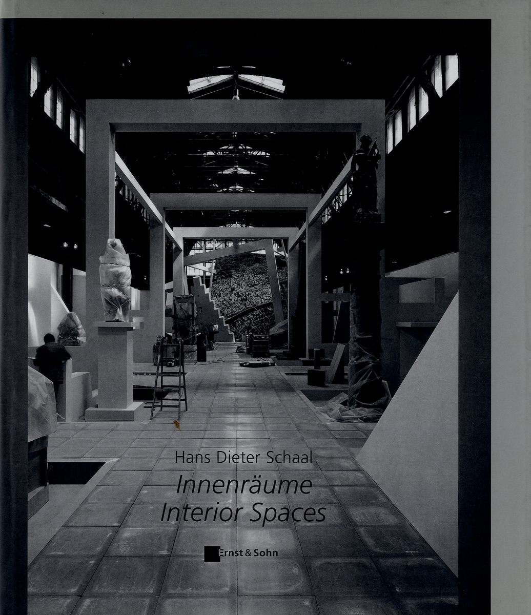 Innenräume – Interior Spaces